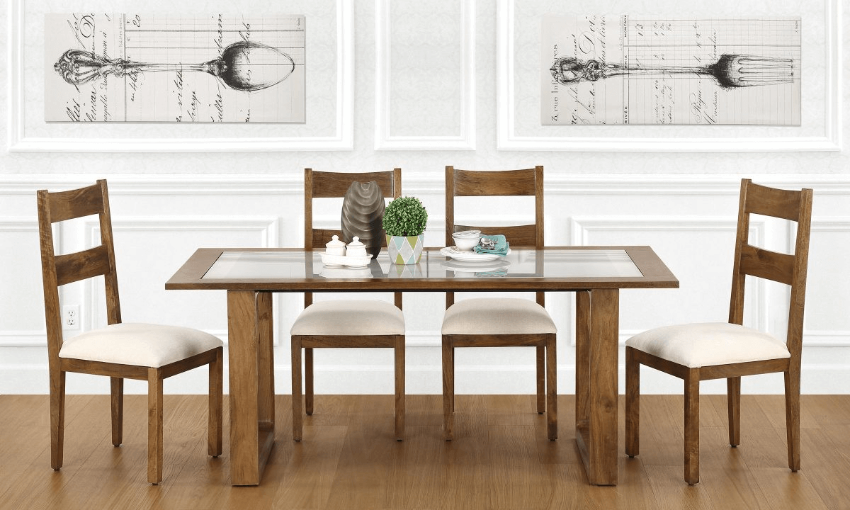 Tips on How to Decorate Your Dining Room Table On a Budget