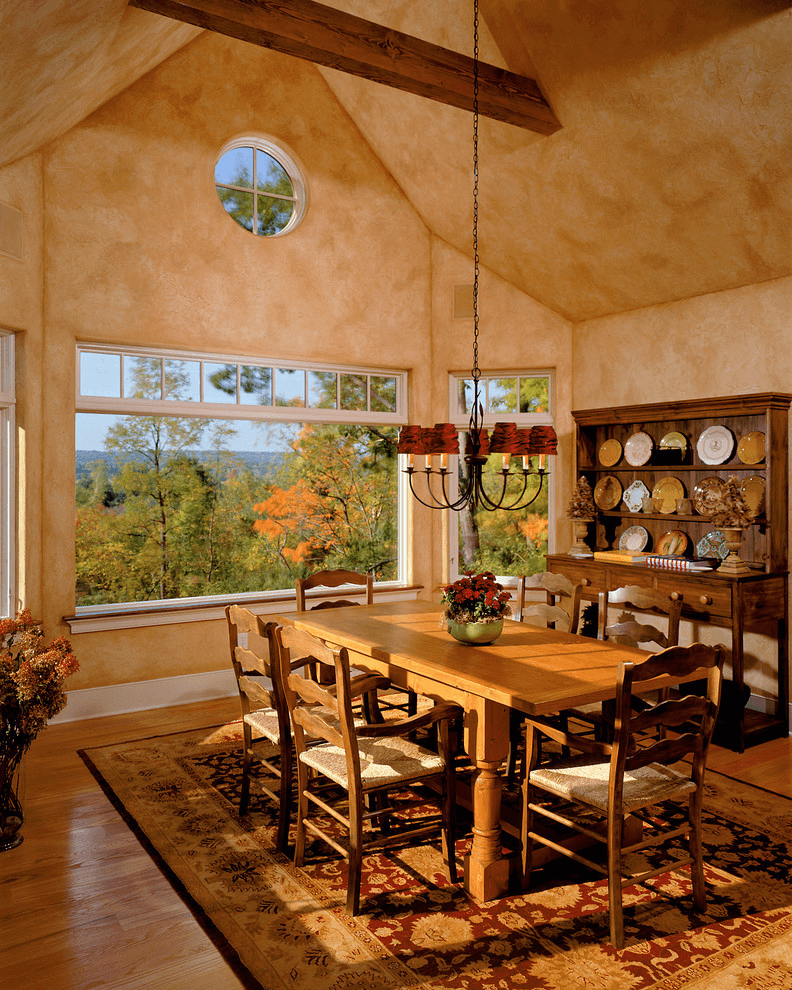Tuscan Traditional Dining Room Wall Décor