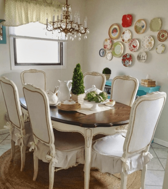 Vintage dining room decor