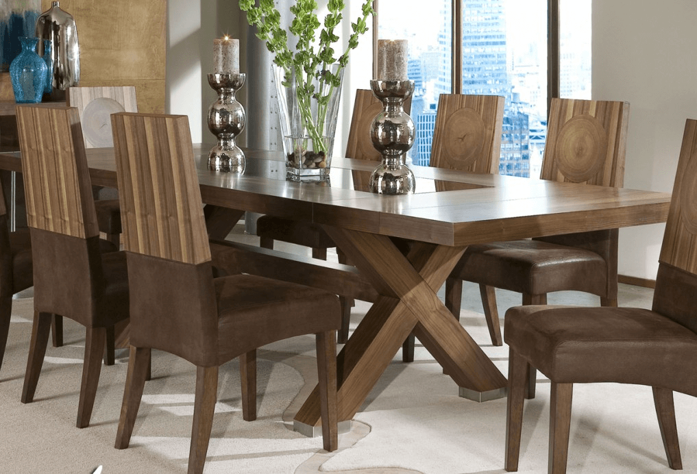 How to decorate a large dining room table for Large dining room table