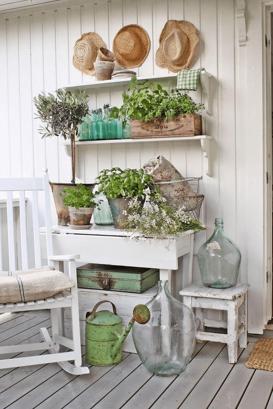 Rustic Farmhouse Porch Décor Ideas