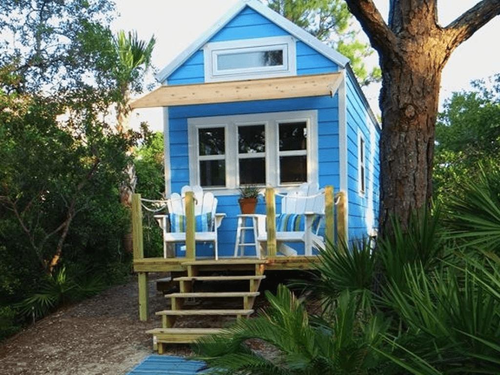 Tiny house beach