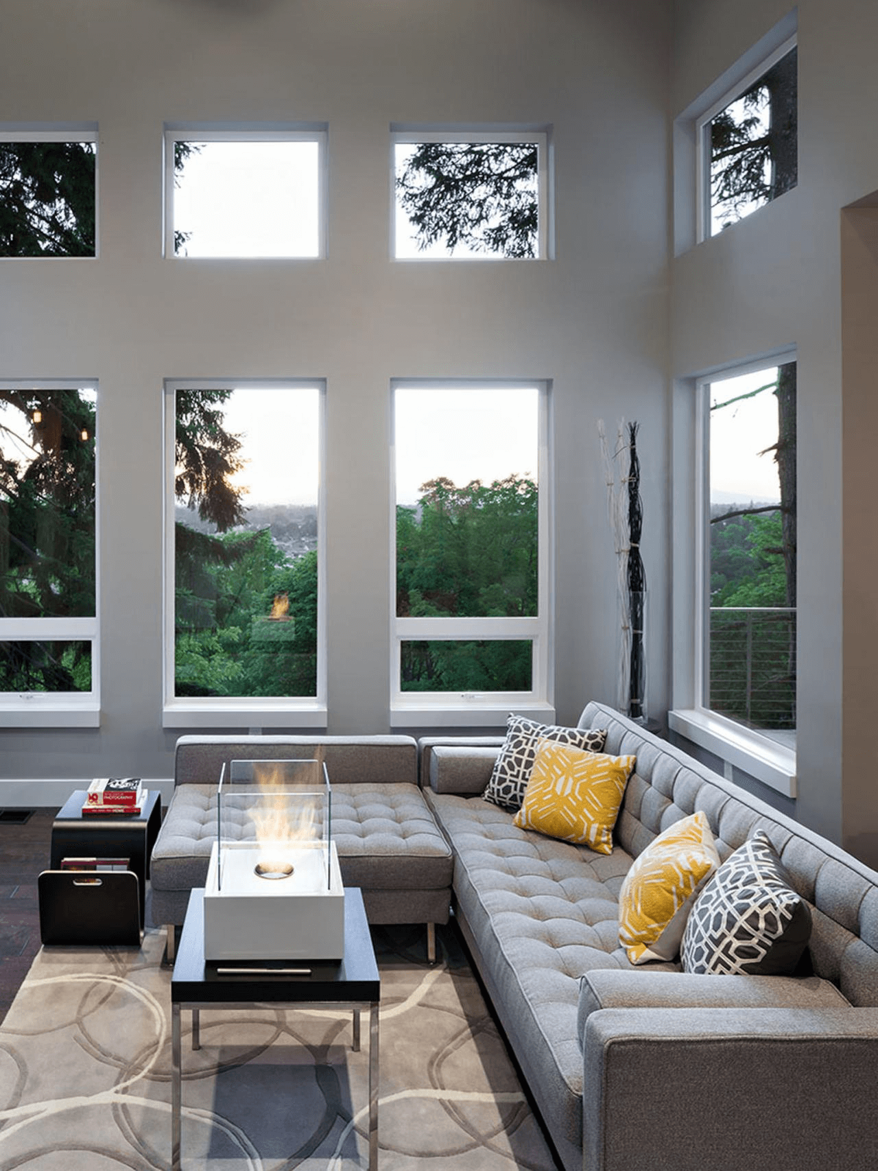 Living Room Decor Trends To Follow In 2018: Gray Living Room Decor Modern