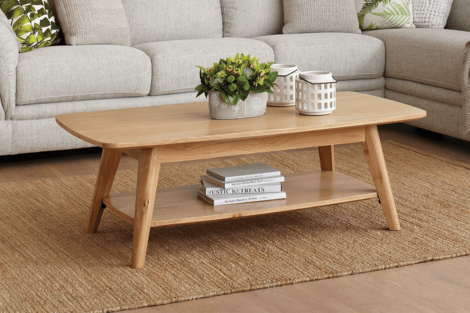Small living room design with Oslo Coffee Table