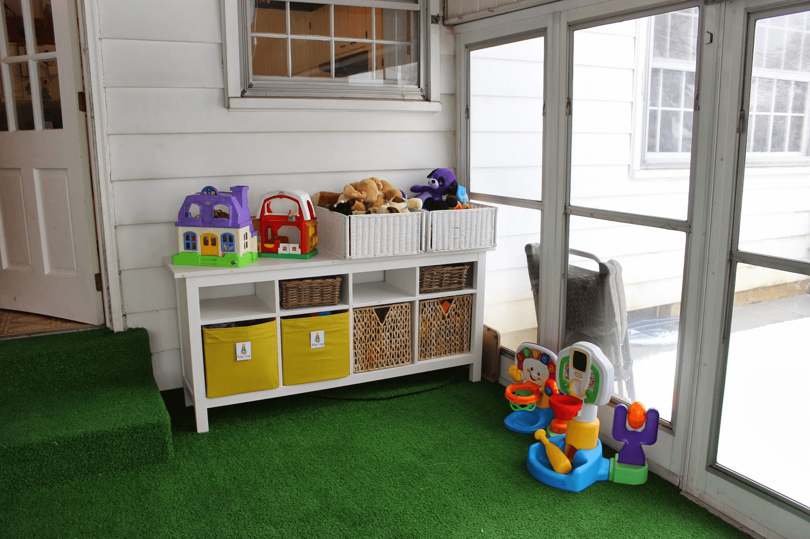 Creative Playroom Screened Porch Design Ideas