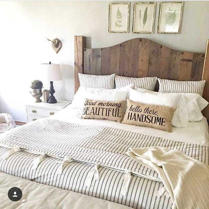 Farmhouse bedroom decor ideas with repurposing items
