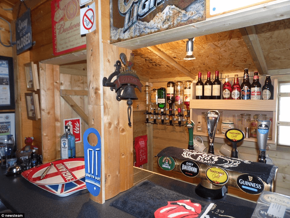Man Cave garage makeover ideas