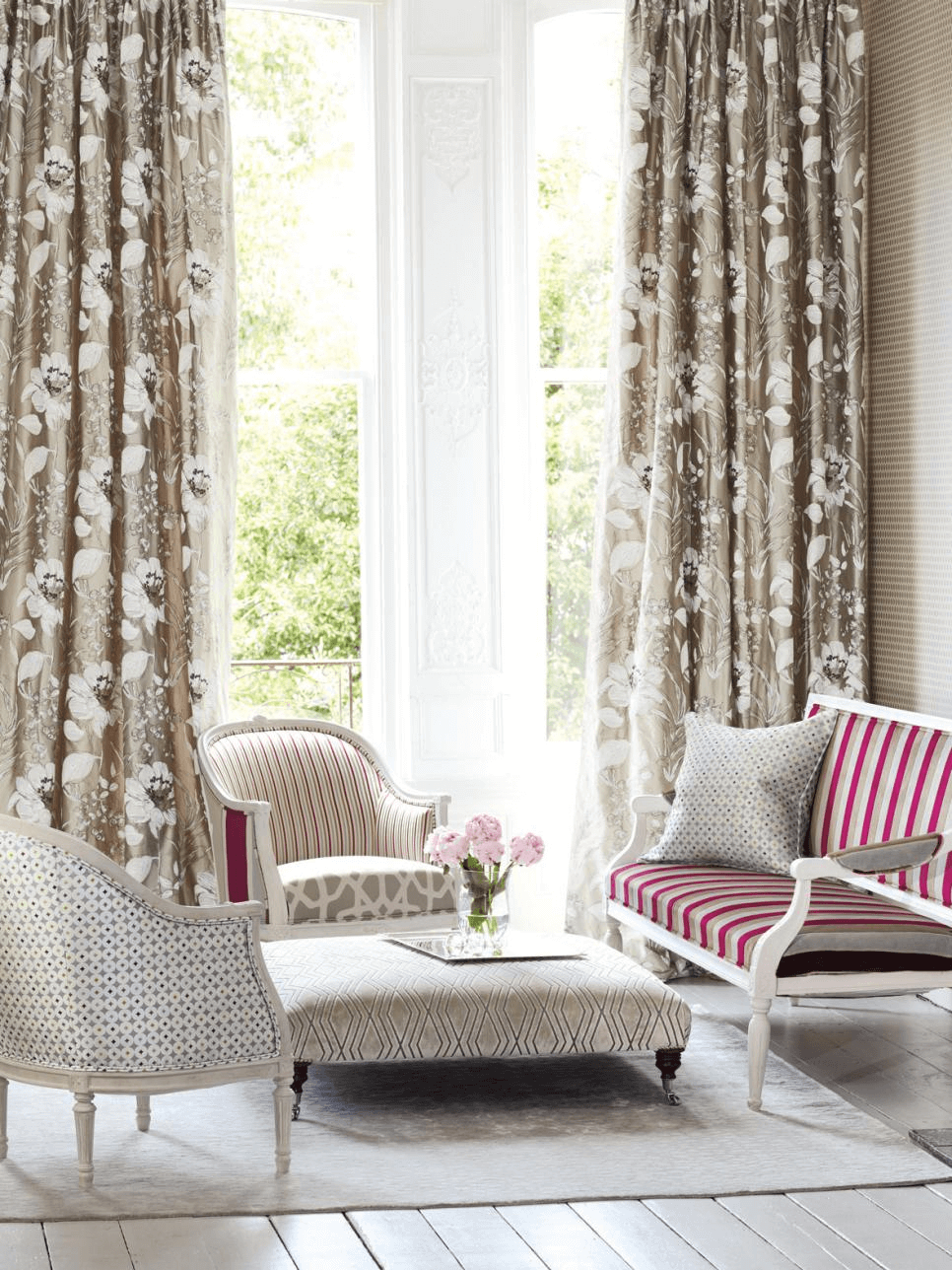 Patterned Curtains for modern living room design ideas