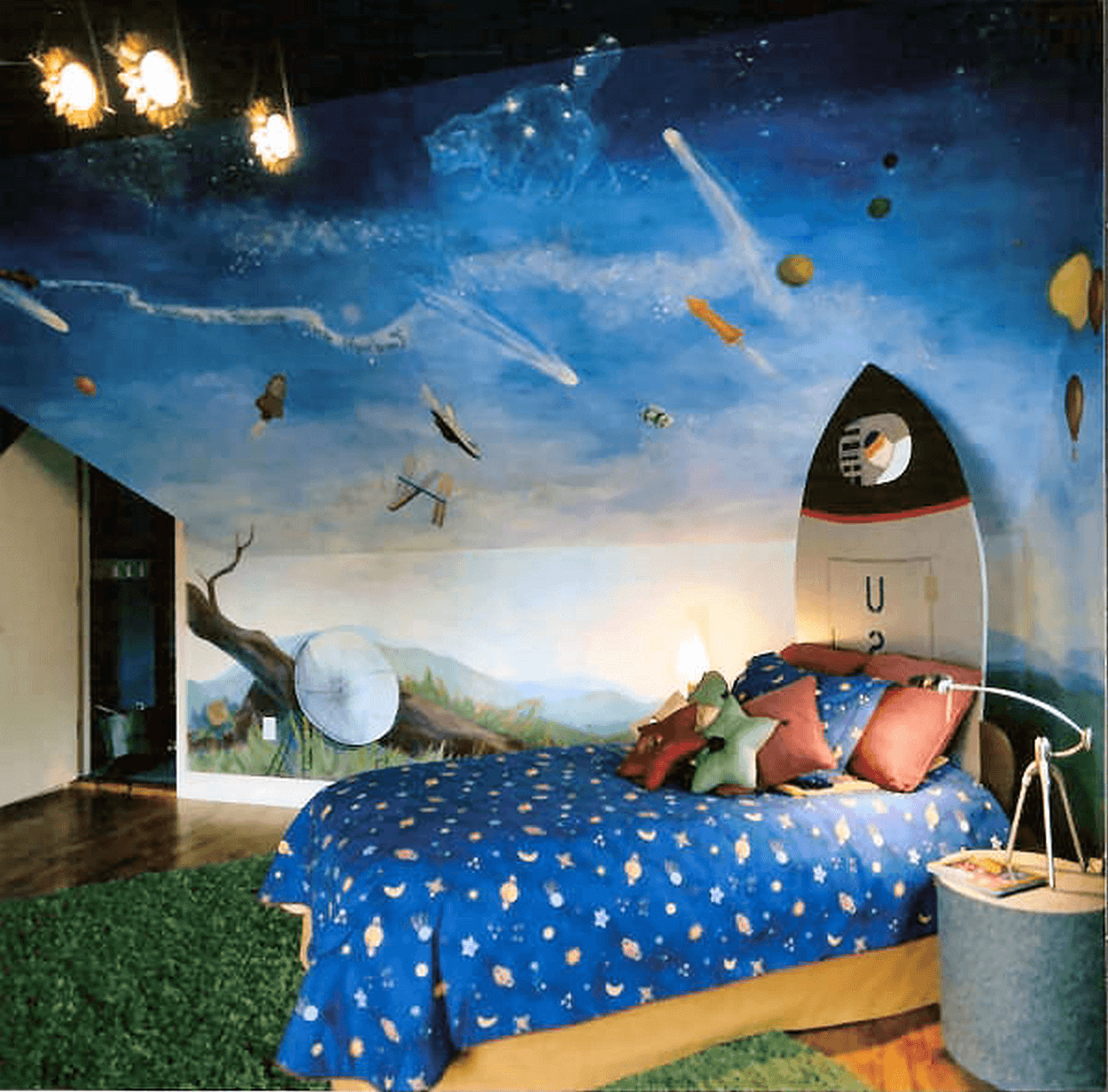 Boy room space ideas for small spaces