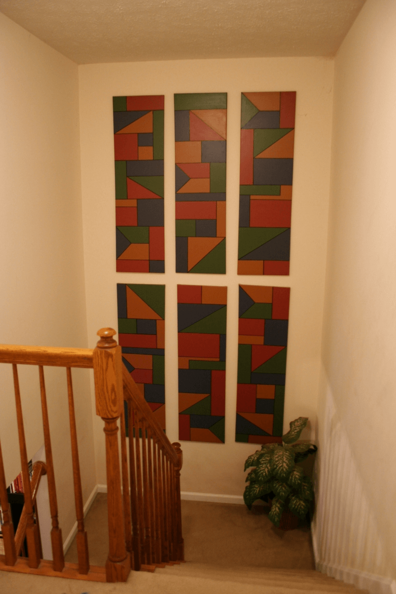 Centered stairway wall decoration ideas