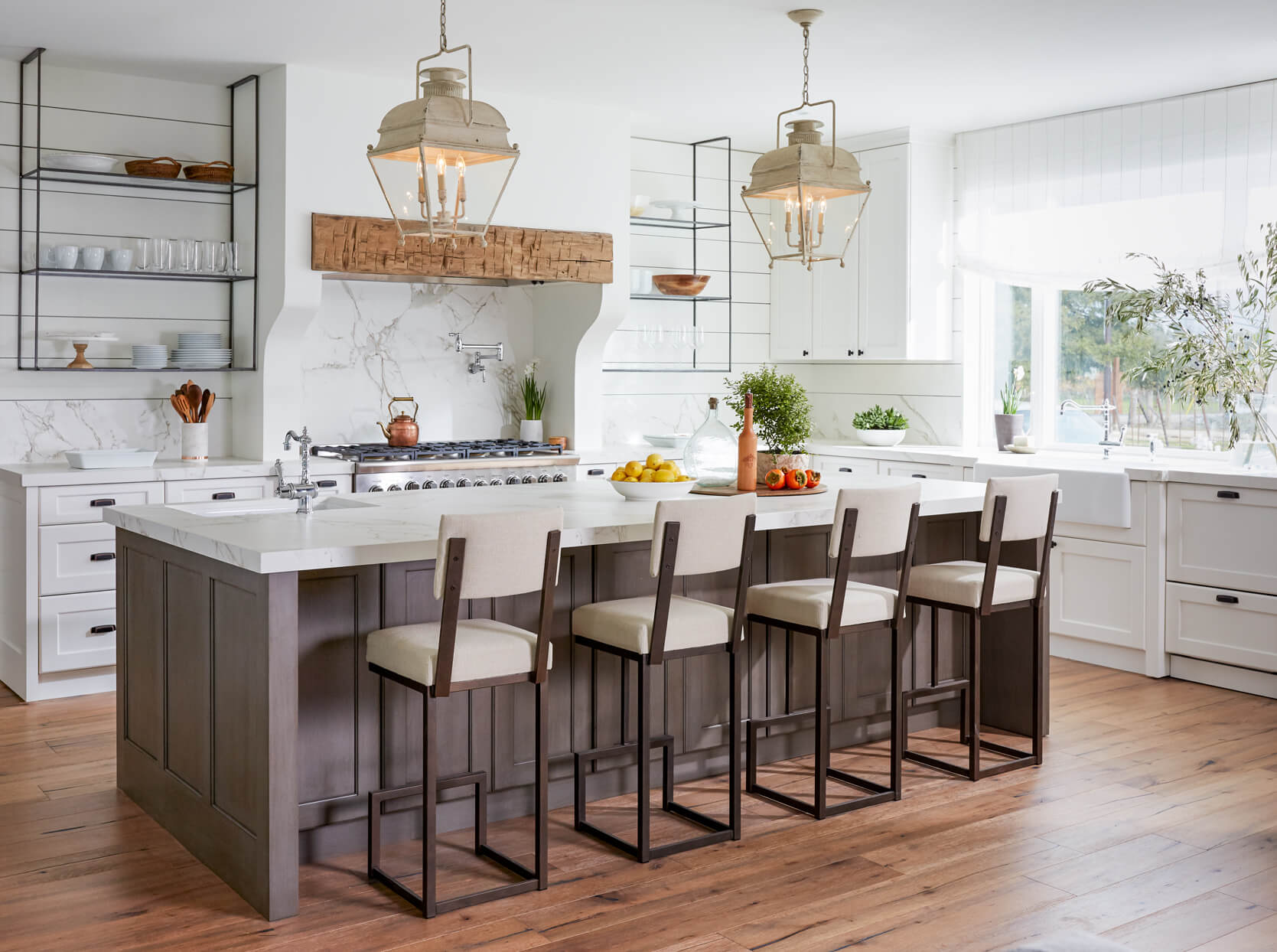 Large Kitchen Island with Seating for 4 Design Ideas